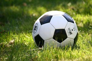 Piłkarska środa. Granica nadrobi zaległości
