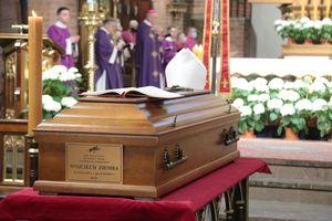 Rozpoczęły się uroczystości pogrzebowe abpa seniora Wojciecha Ziemby.