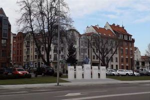 Tak będzie wyglądał nowy pomnik w Elblągu [SONDA]