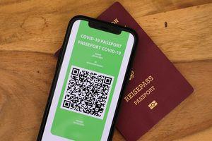 Parlament Europejski poparł tzw. paszporty covidowe