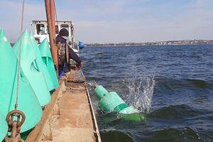 Trwa znakowanie 150-kilometrowej drogi wodnej Wielkich Jezior Mazurskich