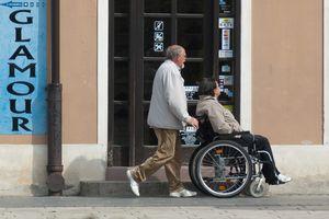 Niepełnosprawni idą do pracy, bo nadaje sens ich życiu