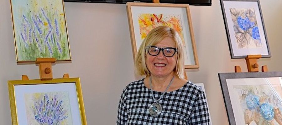 Bożena Wilga bierze udział w projekcie Twórcy Nowomiejscy ON-LINE i wystawie w bibliotece