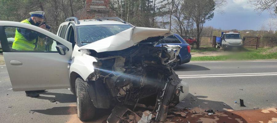 Na DK51 zderzyły się cztery samochody. Rannych jest kilka osób