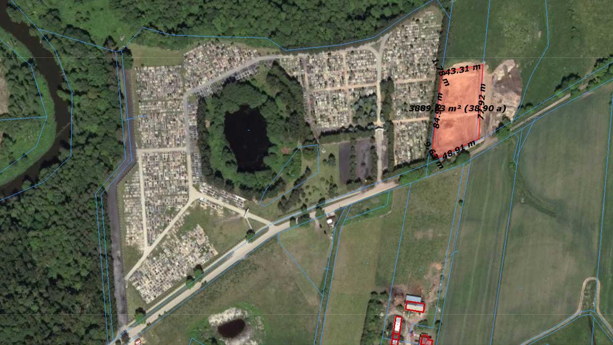 W 2020 roku rozbudowano bartoszycki cmentarz komunalny. Powierzchnię rozbudowano o 39,17 ara