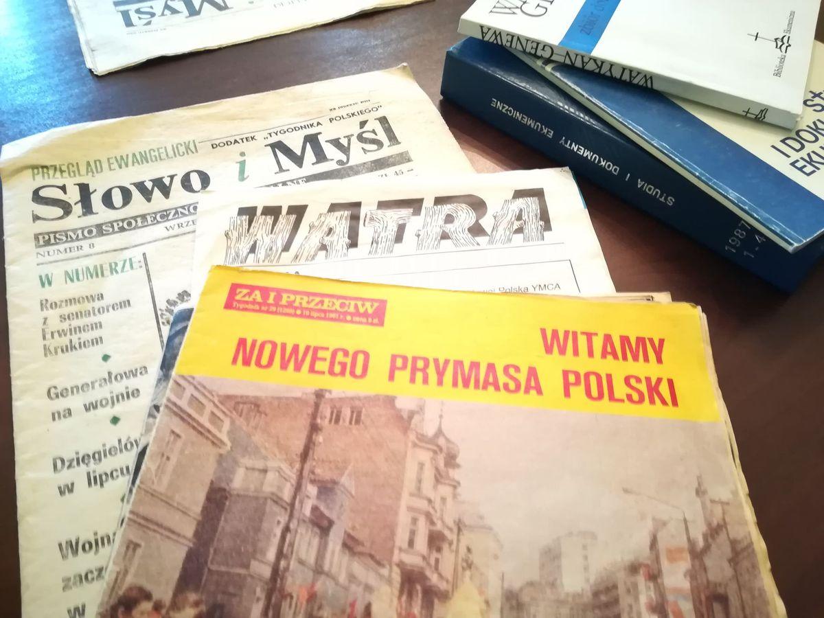 Na zdjęciu część projektów wydawniczych, w które zaangażowany był Wiktor Marek Leyk