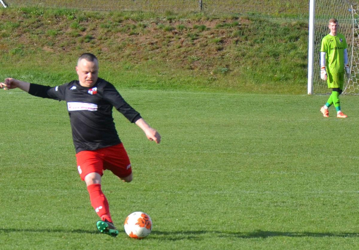 Adrian Gęstwicki strzelił dwa gole dla Kormorana
