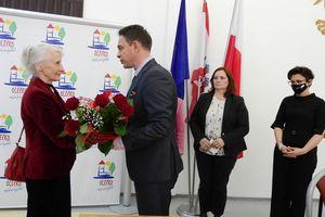 """Andrzej Jakuszko odznaczony pośmiertnie medalem """"Zasłużony dla Olecka"""""""