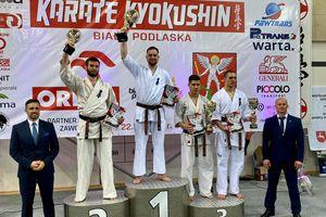 Oleccy karatecy mistrzami makroregionu