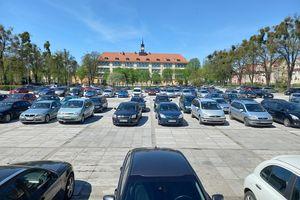 Plac Piłsudskiego do remontu