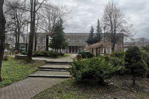 Gazeta za zdjęcie: Spacer po parku przy dworcu w Olecku