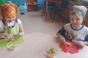 """,,Kto o swoje zdrowie dba, ten radosne życie ma"""" - projekt w Przedszkolu Miejskim"""