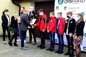 Wyróżniający się sportowcy, startujący w barwach gminy Kurzętnik zostali nagrodzeni