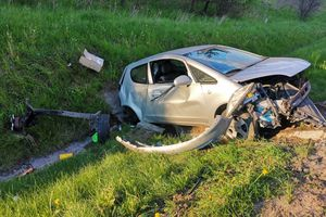 Korek pod Olsztynem po zderzeniu trzech pojazdów [AKTUALIZACJA]