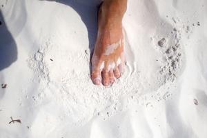 PRZEWODNIK PO BIEGANIU|| Pierwsze były stopy. Biegowe buty powinny ich słuchać
