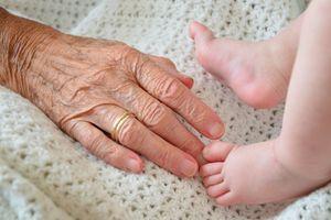 Seniorzy: Nareszcie przytuliliśmy wnuki!