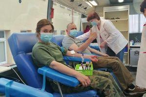 Żołnierze służą pomocą, bo mają to we krwi