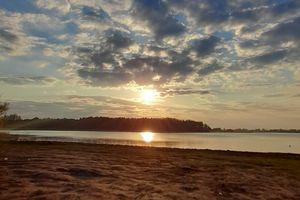 Zachód słońca nad jeziorem Kinkajmy