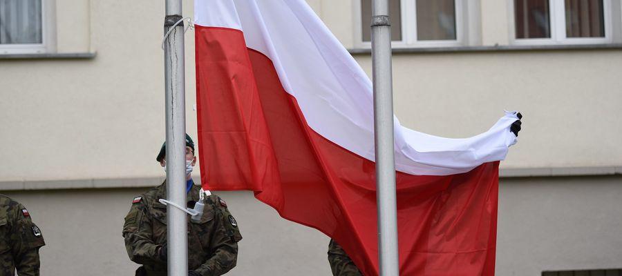 Dziś święto Flagi, symbolu naszej Ojczyzny