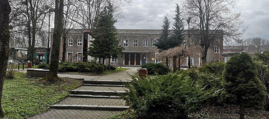 Park przy dworcu w Olecku