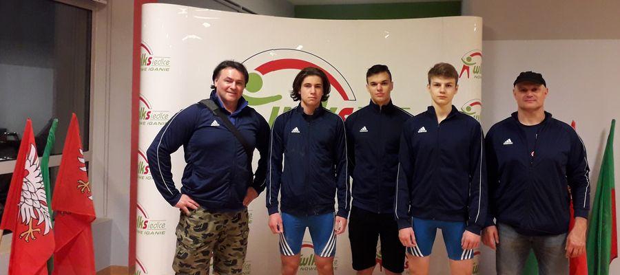 Kurzętniccy zawodnicy z trenerami w Siedlcach