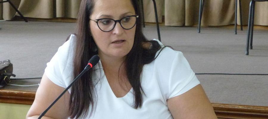 Ewa Jackowska na ubiegłorocznej sesji rady miasta. Obecnie sesje odbywają się on-line
