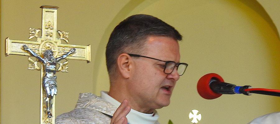 Biskup toruński Wiesław Śmigiel jest teraz administratorem diecezji bydgoskiej