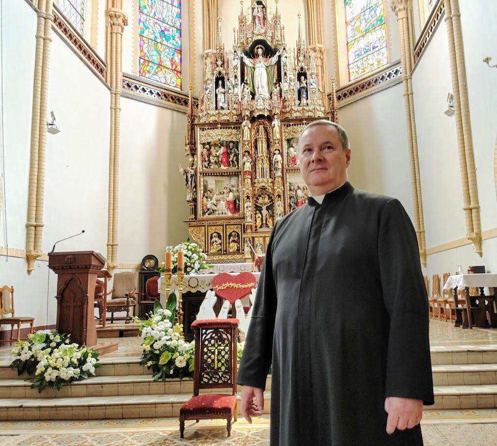 ks. kanonik Janusz Wieszczyński, probosz parafii rzymskokatolickiej p.w. NSPJ w Olsztynie