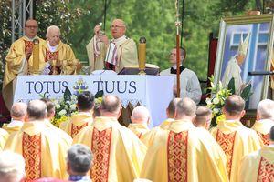 Było wzruszenie i wspomnienia. 30-lecie wizyty Jana Pawła II w Olsztynie [ZDJĘCIA]