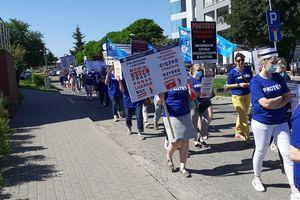 Pielęgniarki z Olsztyna wyszły na ulicę [AKTUALIZACJA]