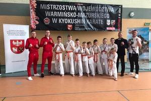 Komplet medali karateków z Dojo Sosnowski na Mistrzostwach Województwa