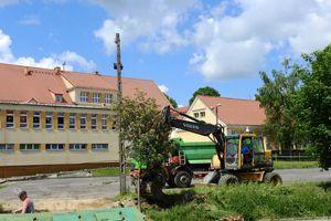 Rozpoczęła się przebudowa boiska przy SP 2 w Olecku