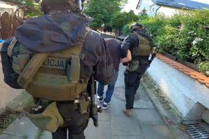 40-latek, który napadł na dziecko i kobietę już zatrzymany [VIDEO]