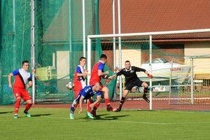 Remis Czarnych Olecko w ostatnim meczu sezonu