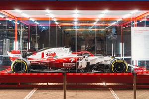 W Olsztynie na stacji paliw stanie bolid Formuły 1. Wiemy gdzie!