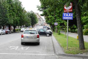 Postoje taxi w centrum Olecka będą zlikwidowane