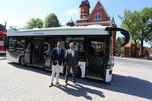 Pierwszy elektryczny autobus wyjechał na ulice Kętrzyna. Na razie w ramach testów [GALERIA]