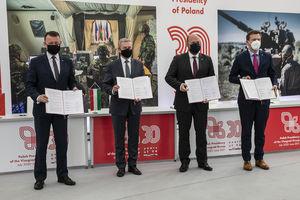 Ministrowie spraw obrony Polski, Węgier Słowacji i Czech spotkali się w Elblągu