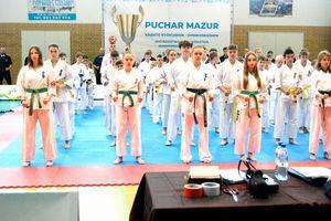 Sześć medali naszych karateków