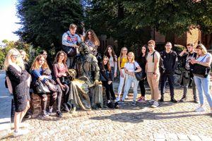 Przystanek Olsztyn. Uczniowie  ekonomika opracowali przewodnik po mieście