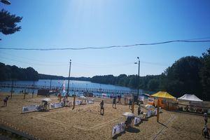 Mistrzostwa województwa w siatkówce plażowej nad jeziorem Sajmino