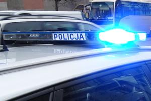 11-latek wsiadł do obcego samochodu. Policja ruszyła na ulice