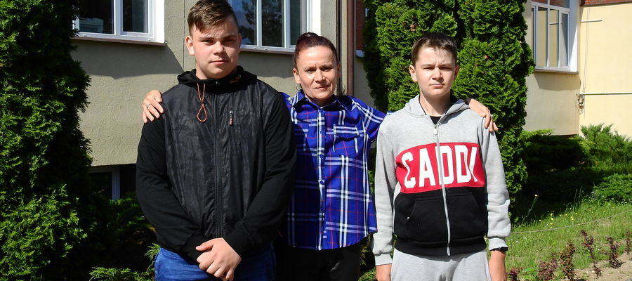 Opiekunka Marta Grądzka oraz Jakub Sawicki i Adrian Domitrz nie czują się bohaterami