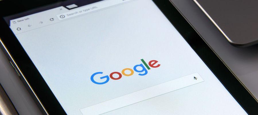 Jak rozwiązać problem z aplikacją Google na Androidzie?