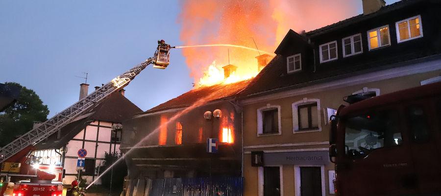 Pożar na Okopowej w Olsztynie [ZDJĘCIA][VIDEO]