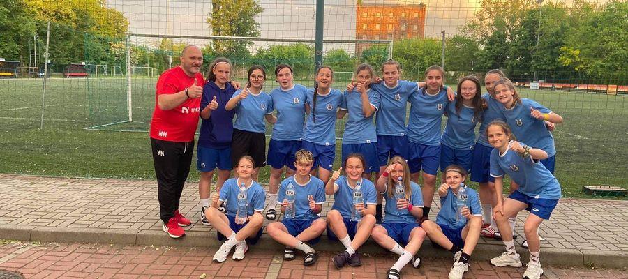Piłkarki Akademii Sportu Stomil (trener Marek Maleszewski) są już w czwórce najlepszych drużyn w Polsce!
