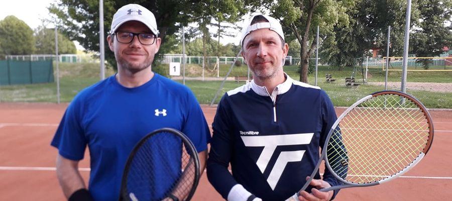 Sebastian Rogalski z Działdowa (z prawej)