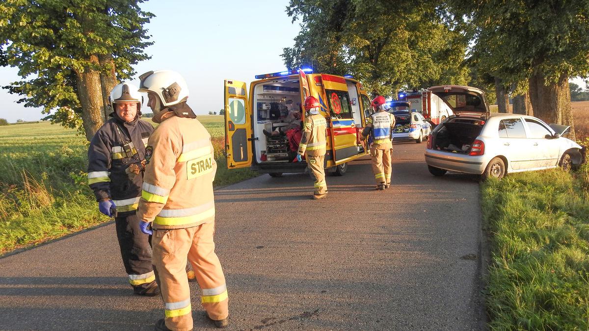 Na miejsce wezwano 3 jednostki straży pożarnej, policję oraz Zespół Ratownictwa Medycznego