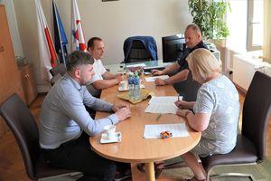Powiat nidzicki dofinansował zakup radiowozu dla Komendy Powiatowej Policji w Nidzicy