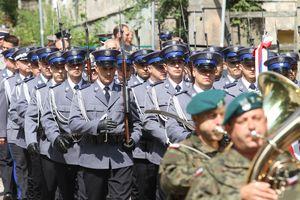 Policjanci z Olsztyna muszą iść na mszę? Okazuje się, że nie do końca